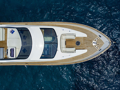 bird view of the yacht teak deck and flybridge