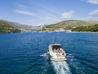 sunseeker 50 yacht driving group of guests, in Dubrovnik, Croatia