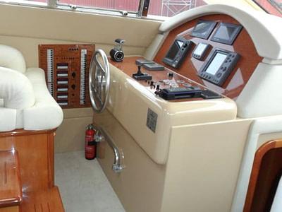 Indoor cockpit onboard a Ferreti 480 yacht