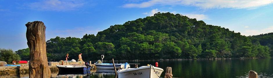 Photograph of boats on the Mljet lake