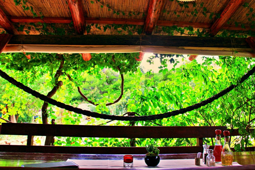 Photograph of a restaurant at the Pakleni islands